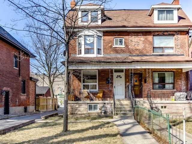 180 Beatrice St - Palmerston-Little Italy Semi-Detached for sale, 5 Bedrooms (C4094457) #1