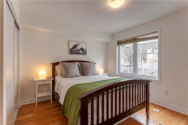 20 Turntable Cres - Dovercourt-Wallace Emerson-Junction Condo Townhouse for sale, 3 Bedrooms (W4053168) #3